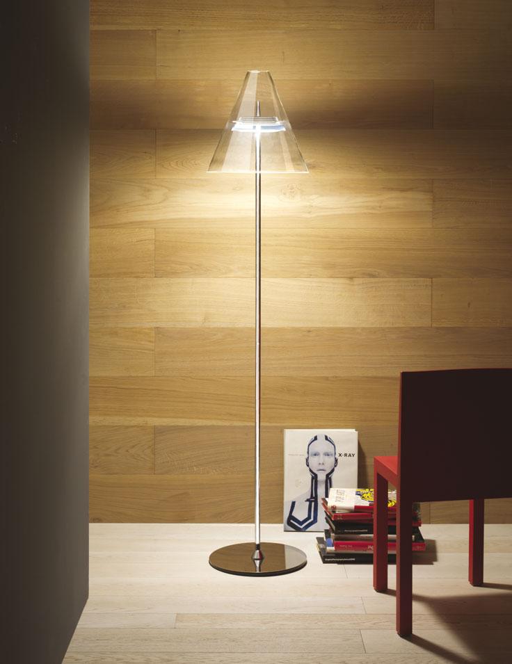 Lampade Da Terra Riciclate: Alle ? in punti luce e atmosfera con le lampade da terra.