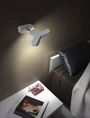 inclinable wall lamp